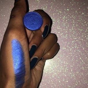 Other - Blue Lagoon Eyeshadow 🏖💦